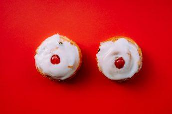 brüste cupcakes oben ohne am strand
